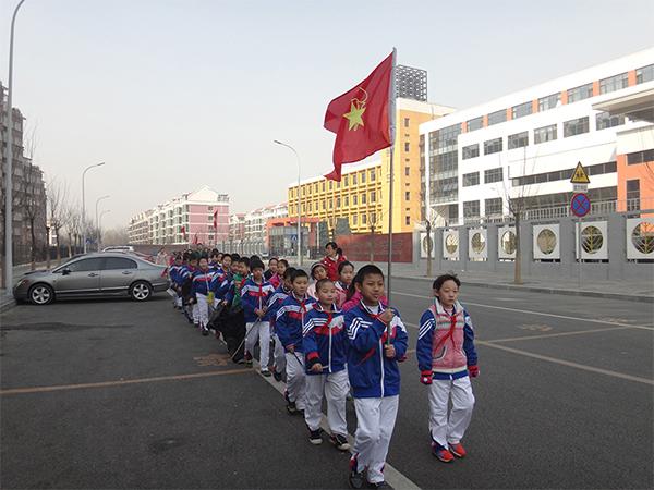 黄瑾  我们的队伍--芙蓉小学.jpg