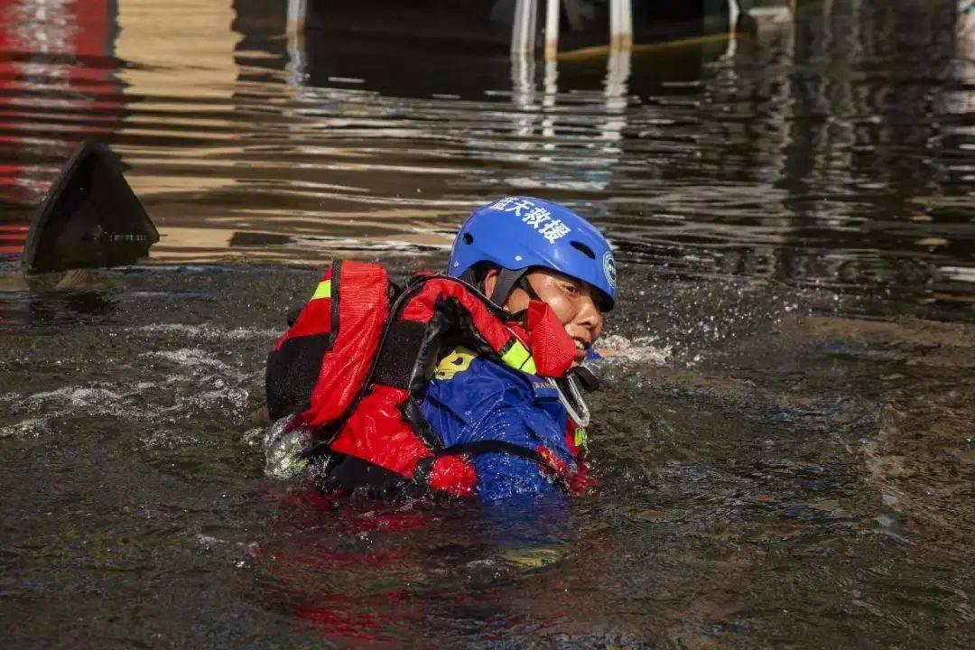 重庆南岸:记援豫防汛救灾中的南岸优秀志愿者和志愿团体