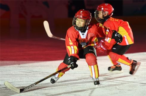 全民健身——北京首届中小学生冬季运动会开幕4.jpg