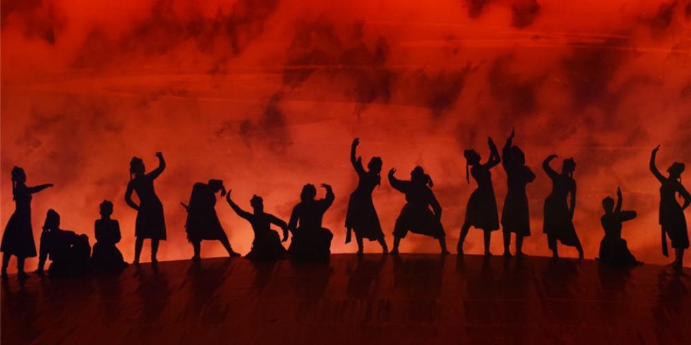 六省区少数民族题材戏剧及音乐舞蹈展演活动在内蒙古落幕6 - 副本.jpg