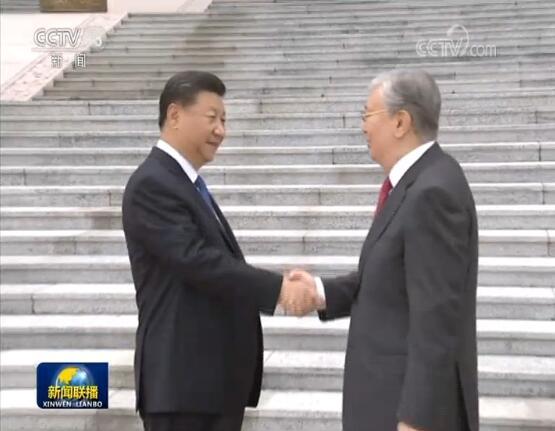 欢迎哈萨克斯坦总统.jpg