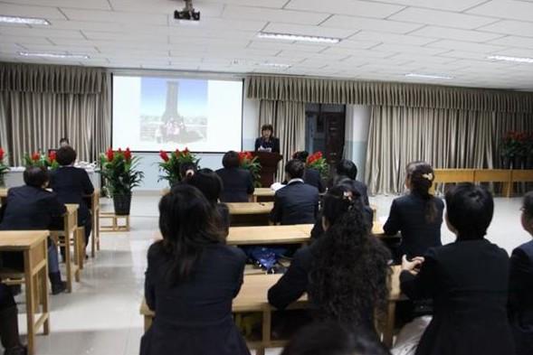 [新疆]塔城市第六小学道德之花处处开